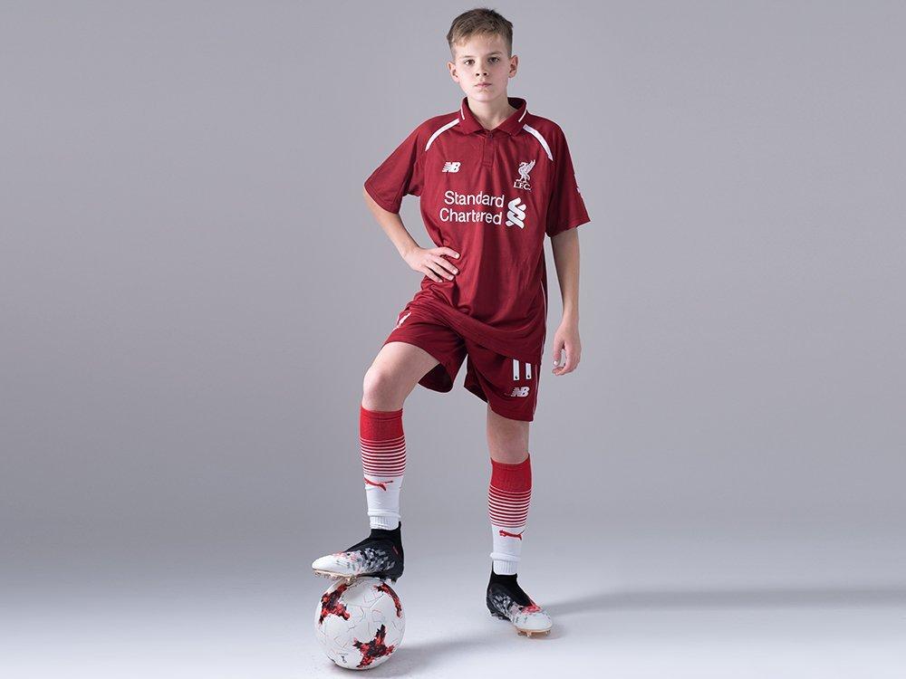 Футбольная форма New Balance Liverpool FC / 12370
