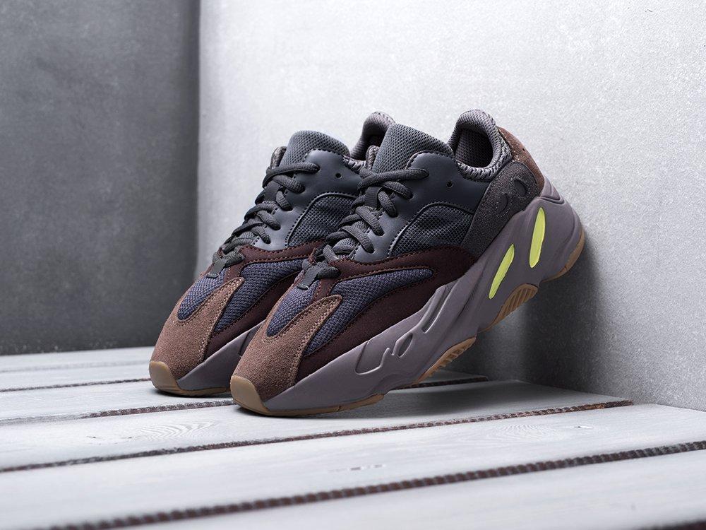 Кроссовки Adidas Yeezy Boost 700 (14205)
