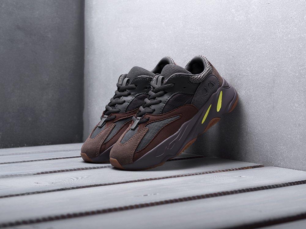 Кроссовки Adidas Yeezy Boost 700 (14270)