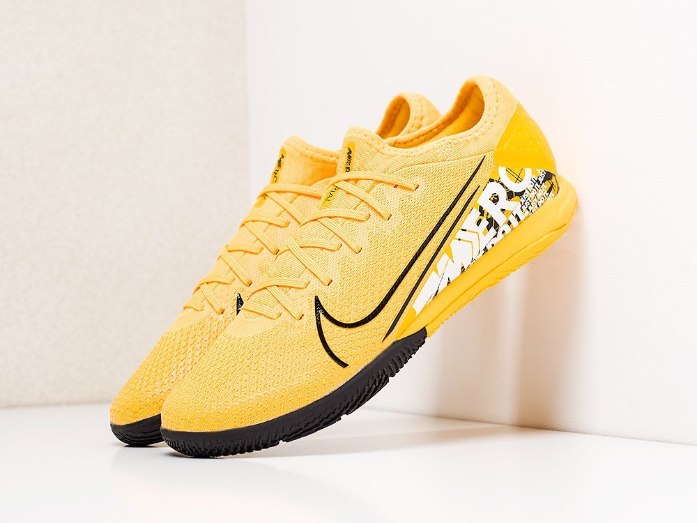 Футбольная обувь Nike Mercurial Vapor XII IC (18104)