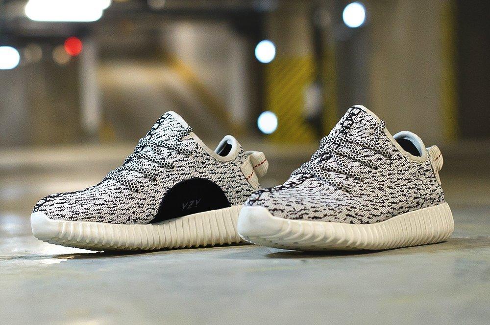 Кроссовки Adidas Yeezy 350 Boost (3999)