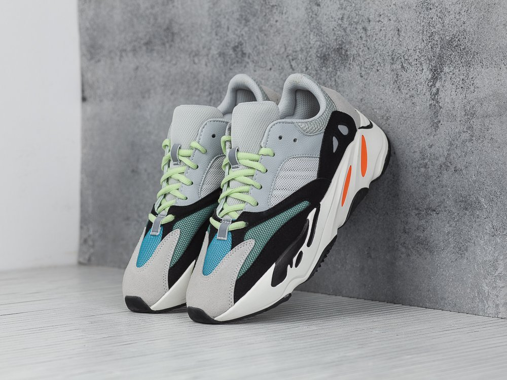 Кроссовки Adidas Yeezy Boost 700 (9048)